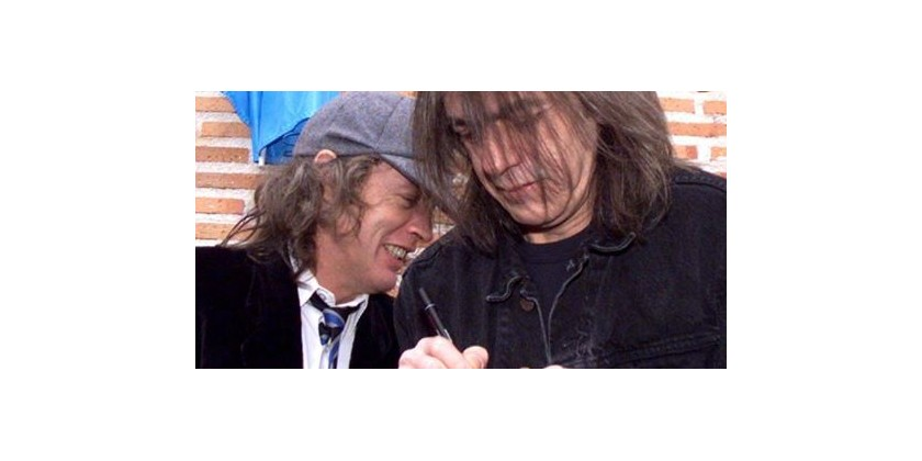 AC/DC guitarist Malcolm Young retires from band due to health issues; rockers to press ahead with 2015 world tour